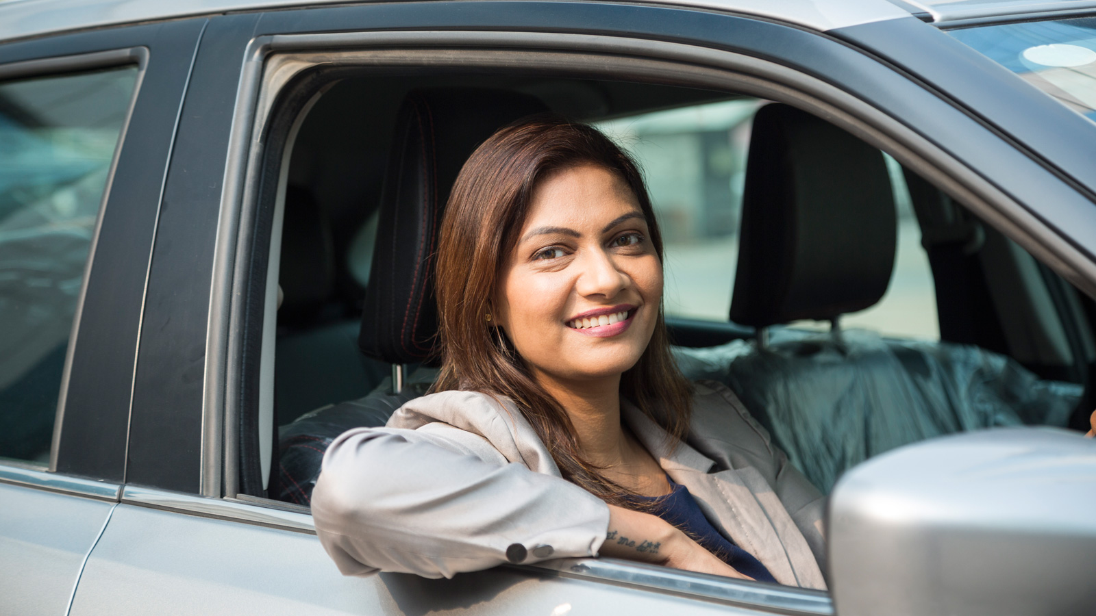 Female Drivers – For your Ease, Comfort and Security